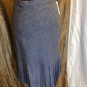 Lovely DkNY BLUE DENIN Skirt.  NWT